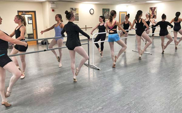 IDA, Institute of Dance Artistry, located in Fort Washington and Plymouth Meeting PA, provides classes for teens.