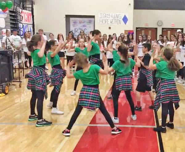 IDA, Institute of Dance Artistry, located in Fort Washington and Plymouth Meeting PA, supports the community year-round including the mini-thon for Pediatric Cancer performance.