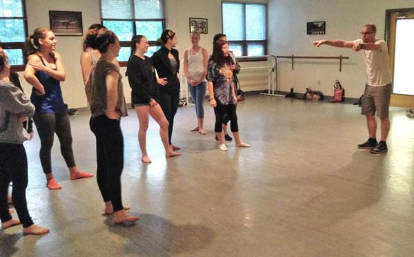IDA, Institute of Dance Artistry, located in Fort Washington and Plymouth Meeting PA, provides a Rep dance company.